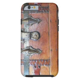 Coffre en bois de tronc avec des verrous coque iPhone 6 tough