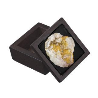 Coffret A Bijoux Geode demi avec les cristaux blancs et jaunes