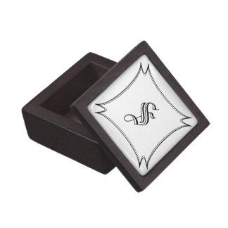Coffrets Cadeaux De Première Qualité Boîte en bois foncée d'anneau avec l'initiale