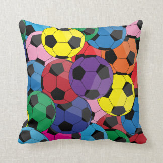 Collage coloré de ballon de football oreillers