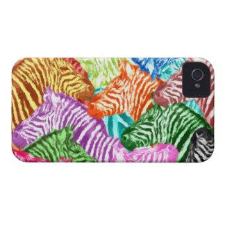 Collage coloré de troupeau de zèbre coques iPhone 4