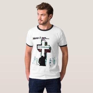 Collé dans la pièce en t de la sonnerie des hommes t-shirt