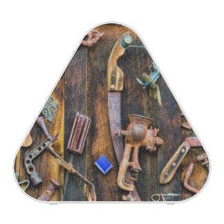 Collection antique sur le mur haut-parleur bluetooth