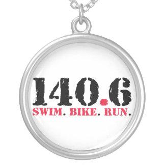 Collier 140,6 Course de vélo de bain