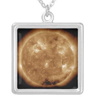 Collier Activité solaire le Sun 5