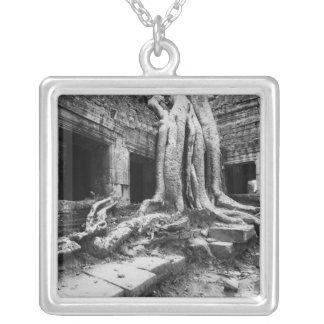 Collier Angkor Cambodge, merci arbre de Prohm