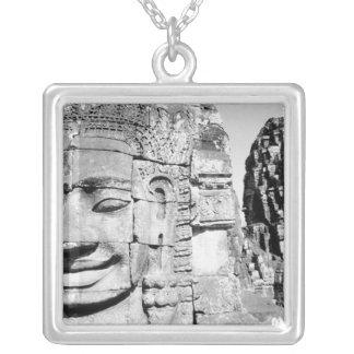 Collier Angkor Cambodge, têtes le Bayon