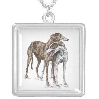 Collier Art de chien de deux amis de lévrier