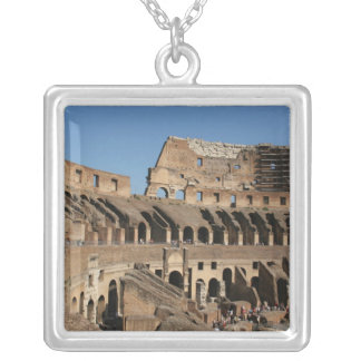 Collier Art. romain. Le Colosseum ou le Flavian 7