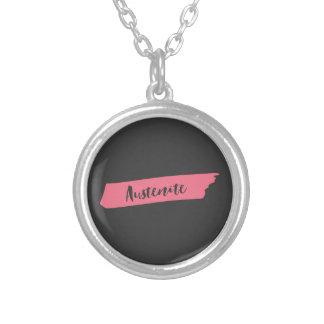 Collier Austénite rose de Jane Austen de brosse