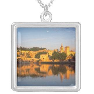 Collier Avignon, Vaucluse, Provence, France, le Rhône