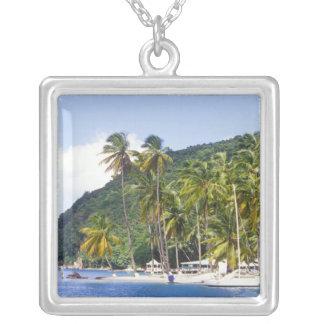 Collier Baie de Marigot, St Lucia, des Caraïbes