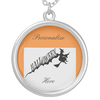 Collier Balai effrayant Halloween Thunder_Cove
