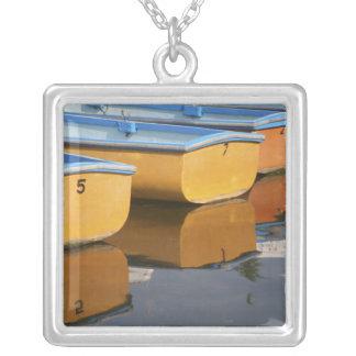 Collier Bateaux de rangée de la Henley-sur-Tamise sur la