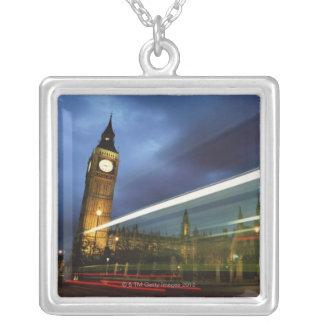 Collier Big Ben et les Chambres du Parlement