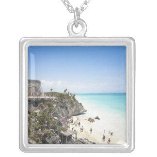 Collier Cancun, Quintana Roo, Mexique - ruines sur une