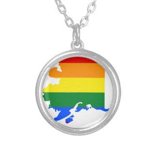 Collier Carte de drapeau de l'Alaska LGBT