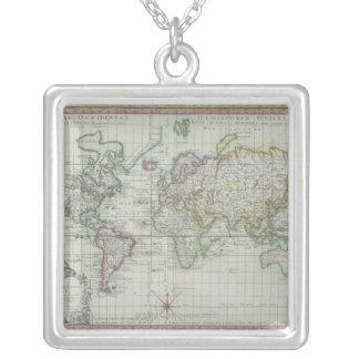 Collier Carte du monde 11