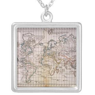 Collier Carte du monde 3