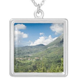 Collier Castelnuovo di Garfagnana, Toscane, Italie - 2