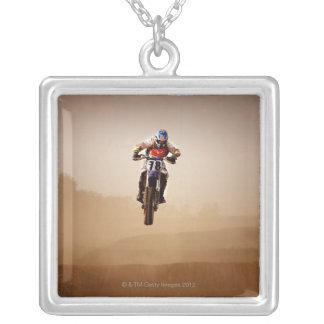Collier Cavalier de motocross