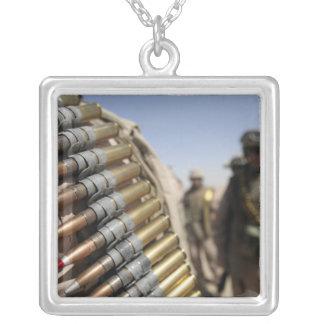 Collier Ceintures des munitions de 50 calibres