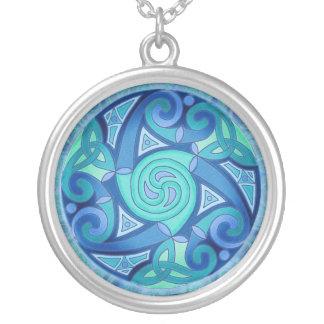Collier celtique de pendentif de planète