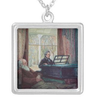 Collier Charles Darwin et son épouse au piano