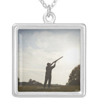 Collier Chasseuse