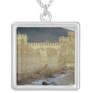 Collier Château, construit par les croisés