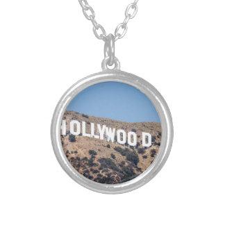 Collier Ciel de la Californie de montagnes de visibilité