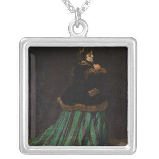 Collier Claude Monet | la femme dans la robe verte, 1866