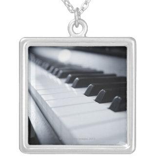 Collier Clés détaillées de piano