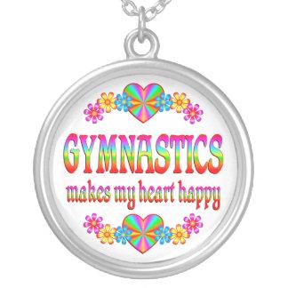 Collier Coeur de gymnastique heureux