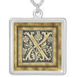 Collier complexe de la lettre X de monogramme de G