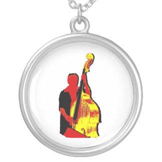 Collier Conception droite d'image de bassiste rouge et