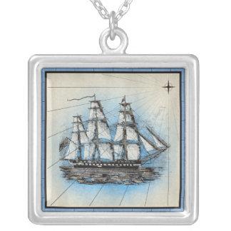 Collier Copie marine de bateau noir avec le cadre bleu