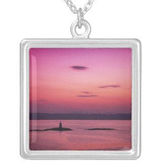 Collier Coucher du soleil au-dessus d'île de Skye, de