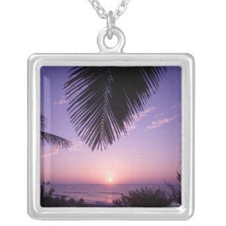 Collier Coucher du soleil au West End, caïman Brac, Îles