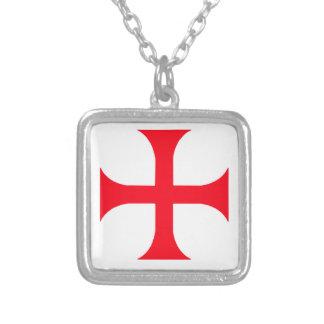Collier Croix-Rouge de Templar