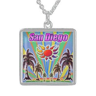 Collier d'amour d'été de San Diego