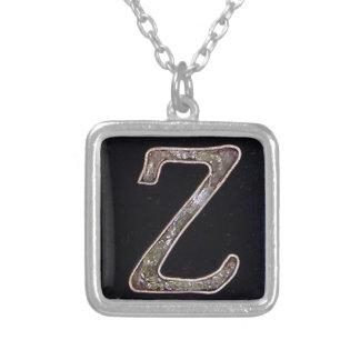 Collier de la lettre Z