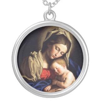 collier de la mère d-1 et de l'enfant