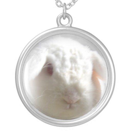 Collier de lapin de sac à dos