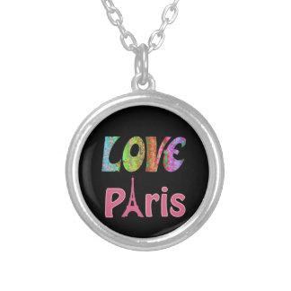 Collier de plat argenté de Paris d'amour
