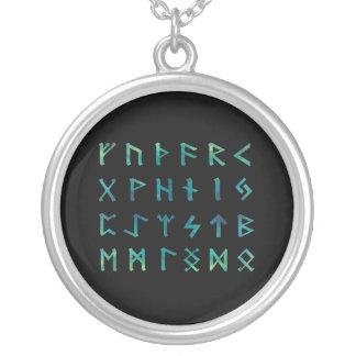 Collier de runes