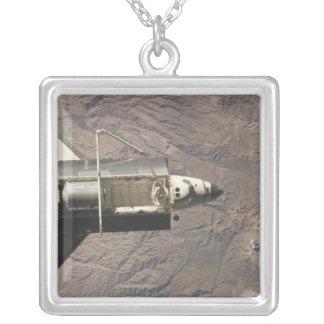 Collier Découverte de navette spatiale 4