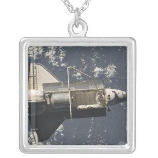 Collier Découverte de navette spatiale 5