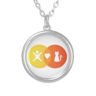 Collier Diagramme de Venn de chats de coeur de personnes