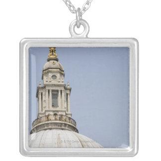Collier Dôme de la cathédrale de St Paul